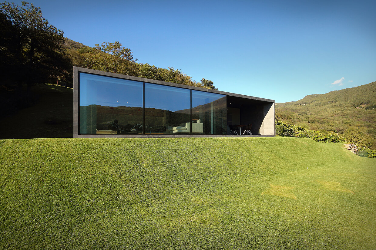 montebar villa by jm architecture